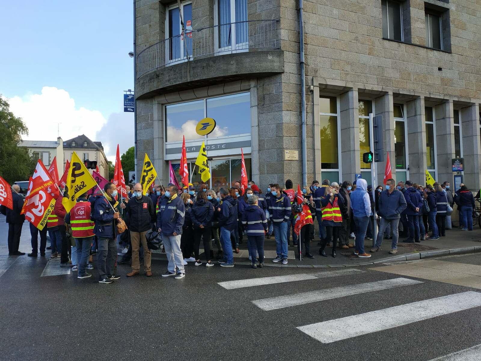 Le plus fort taux de gréviste chez les postiers le 18 mai, dans le Finistère! La mobilisation à Quimper pour le Finistère Sud