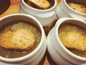 Soupe à l'oignon à l'ancienne