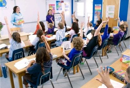 Applied Scholastics setzt L. Ron Hubbards Lernmethodik ein