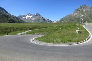 Suisse, Italie, Autriche : une boucle alpine en cyclocamping