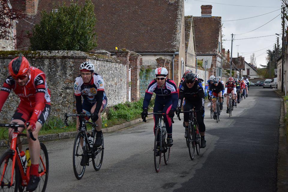 Album photos des courses UFOLEP 1 et 2 et podiums de Marville Les Bois (28)