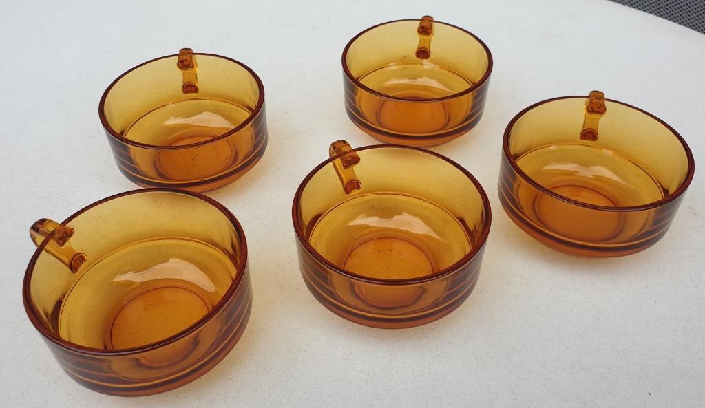 Set 5 tasses verre ambre Duralex - 8 euros