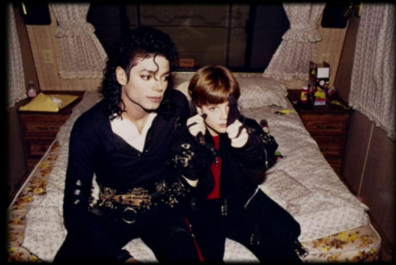Michael Jackson - James Safechuck