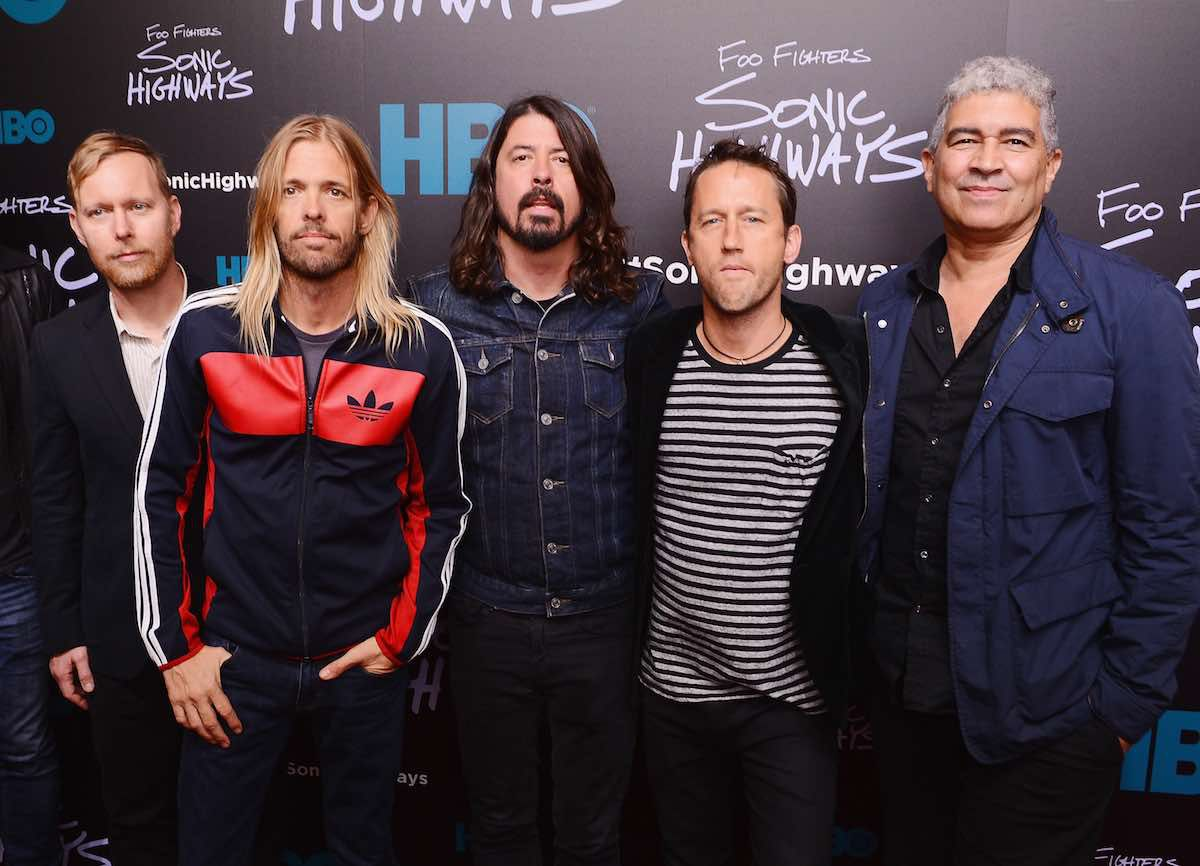 FOO FIGHTERS - Nouveau clip Waiting On A War