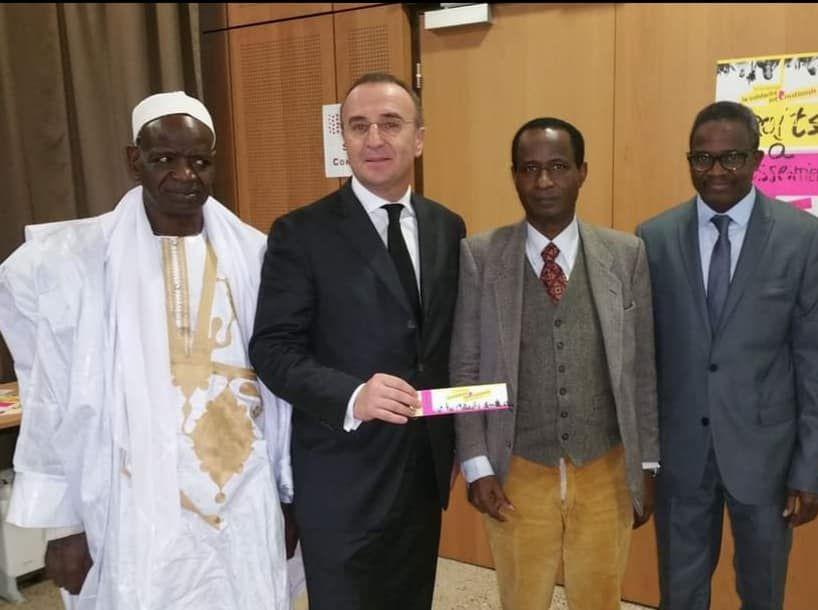 «M. Marc-Antoine JAMET, maire de Val de Reuil partisan du bien-vivre ensemble et grand ennemi des racistes» par Amadou Bal BA - http://baamadou.over-blog.fr/