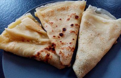 Astuce de Cyril Lignac pour éviter les grumeaux dans la pâte à crêpes ou à pancakes