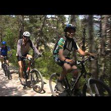 Rando Vtt itinérante sur les chemins du soleil ( Thorame Haute -St Andre les Alpes - Castellane) vidéo interview