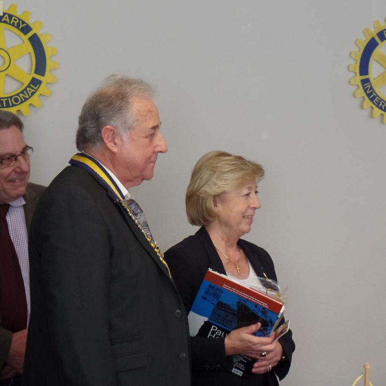 cérémonie officialisant le statut de membre d'honneur de Lydie Gaillard marraine du club et de Martine Valleton Maire de Villepinte