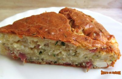 Gâteau courgette, fromage et jambon
