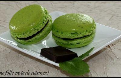 Macarons menthe-chocolat