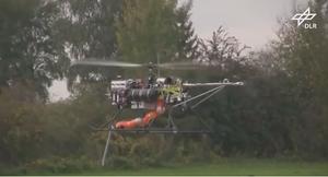 Un drone avec une main !