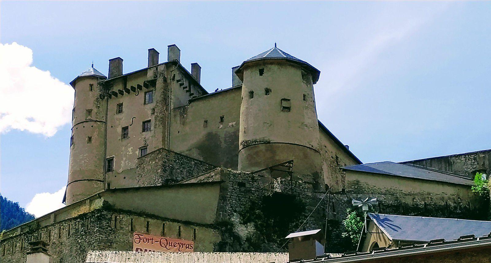 Casse déserte et le fort Queyras