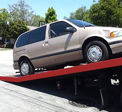Top 4 situations when you need flat deck towing service in Calgary