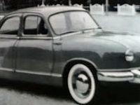 Encart publicitaire de la première Dyna  Z de 1954 - Groupe moto-prpulseur - vue de 3/4 avant - vue de 3/4 arrière.