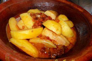 tagine de patates douces au gueddid (viande séchée salée)