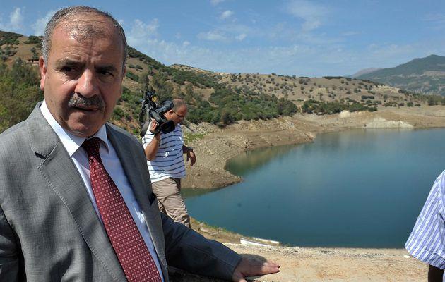 Barrages : lancement de la fabrication de machines de dragage en Algérie