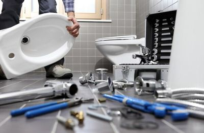 3 Toilet Plumbing Issues That Homeowners Face In London