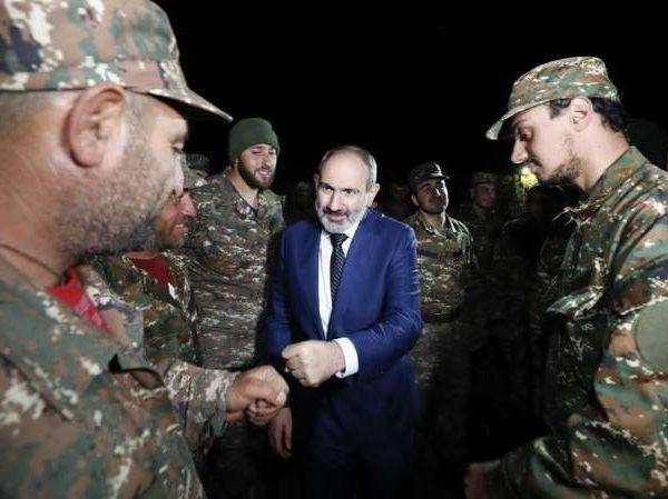 """La discorde chez l'ennemi : """"Gouverner sous les bombes """" en Arménie !"""
