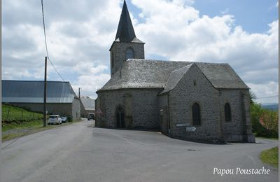 Les villages du Cantal: Pradiers