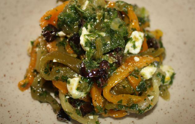 Salade de poivrons marinés à la feta et aux olives