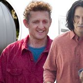 Keanu Reeves and Alex Winter wear similar shirts on Bill & Ted set