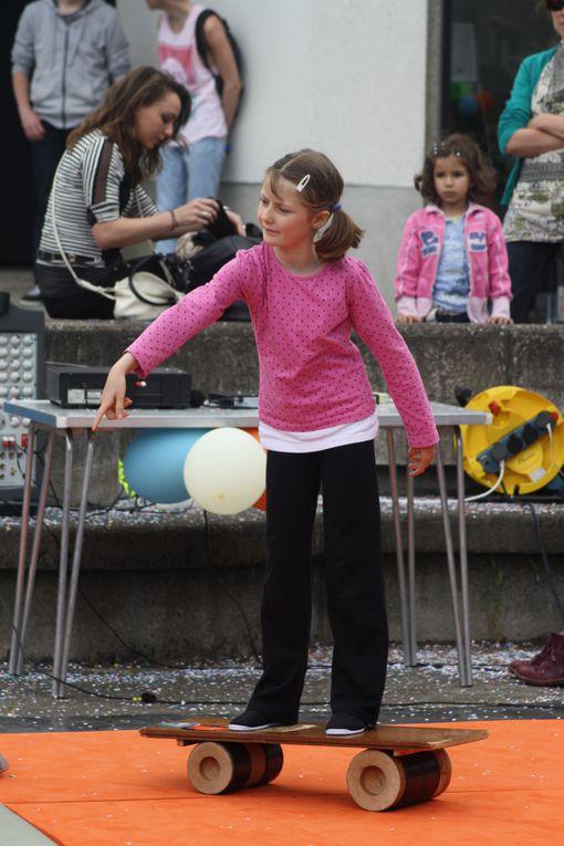 70 photos environ de la Fête du Tillay 2013, qui a réussi haut la main à laver l'affront fait par la météo au carnaval de printemps !