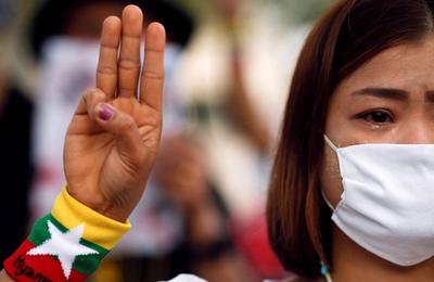 Peur et incertitude pour les dissidents birmans en Thaïlande