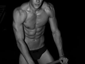 Remington Jay par Marco Ovando - LoveSexo ...more and more  !