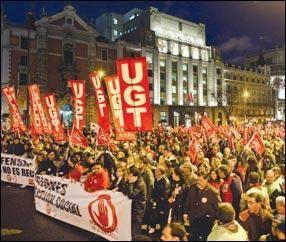 La manifestation contre la « Loi sur les retraites » a essaimé dans toute l'Espagne: 75 000 à Madrid, 50 000 à Barcelone, 40 000 à Oviedo