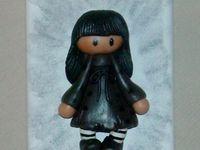 p'tit tableau 3D avec fillette en porcelaine froide
