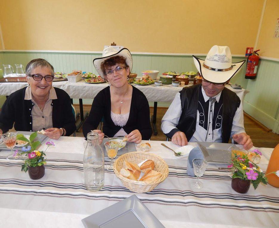 Très bel après midi et soirée avec les Cowgirls et Cowboys pour notre repas fin de saison, avant notre départ pour quelques jours de vacances