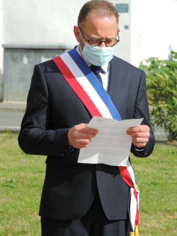 CEREMONIE DU 8 MAI - Photos suivies du texte de Mme Geneviève DARRIEUSSECQ