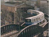 CIRCULATION – TRANSPORTS : la priorité aux transports en commun en défendant le service public nationalisé RATP et SNCF