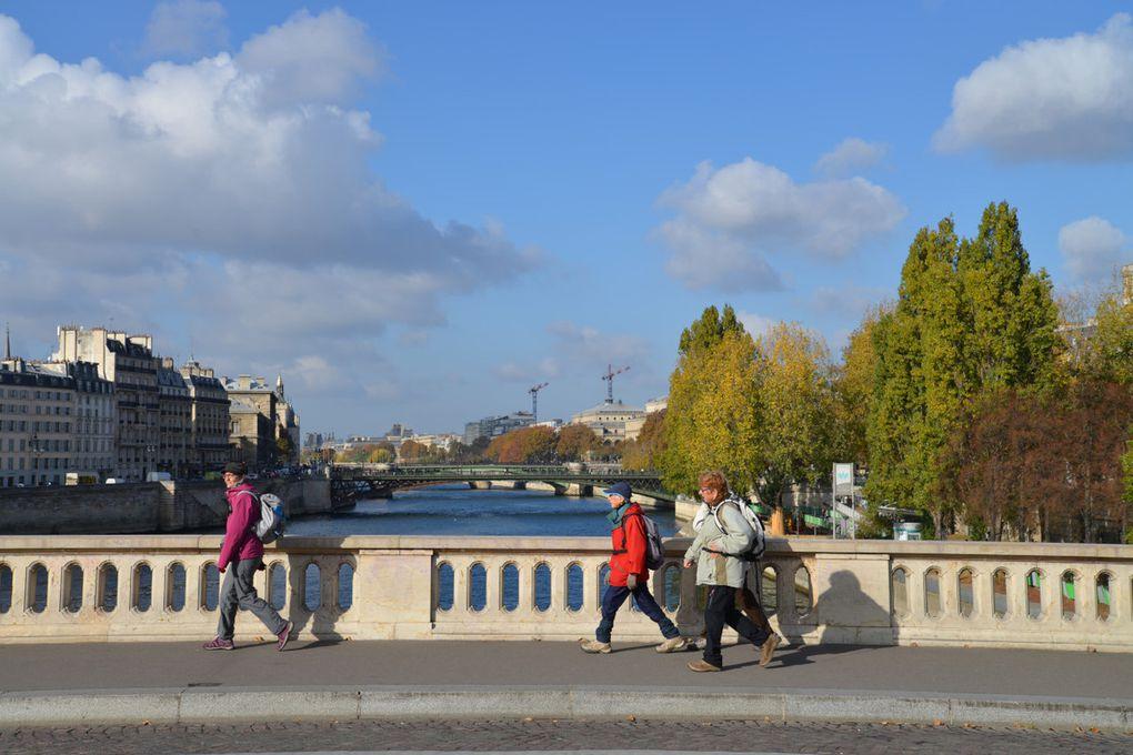 ½ Journée du dimanche 6 novembre 2016 tricotage des ponts de Paris