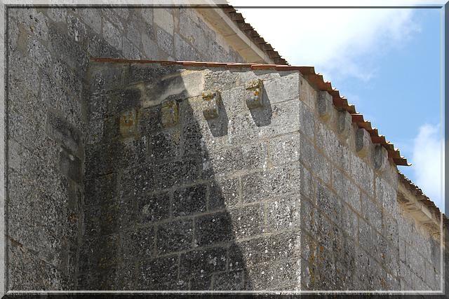Diaporama église fortifiée de Chaniers