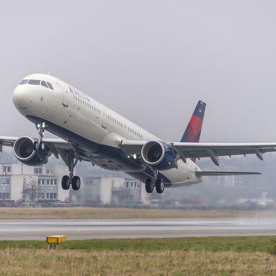 Delta Airlines - bénéfice record - 18 000 dollars pour chaque salarié (90 000)