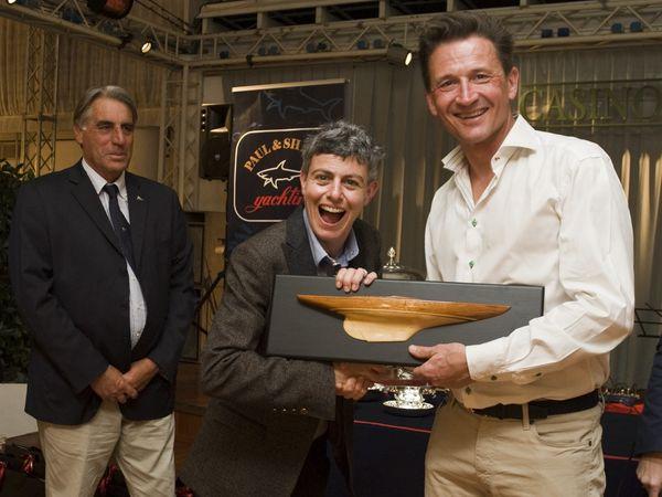 YACHT CLUB SANREMO: GRANDE FINALE PER LA DRAGON CUP.