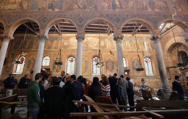 Le Caire : un attentat dans une église copte fait au moins 25 morts