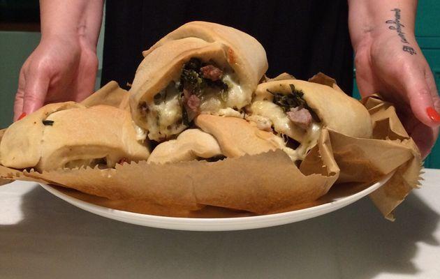 panini imbottiti con salsiccia e friarielli D'Amico