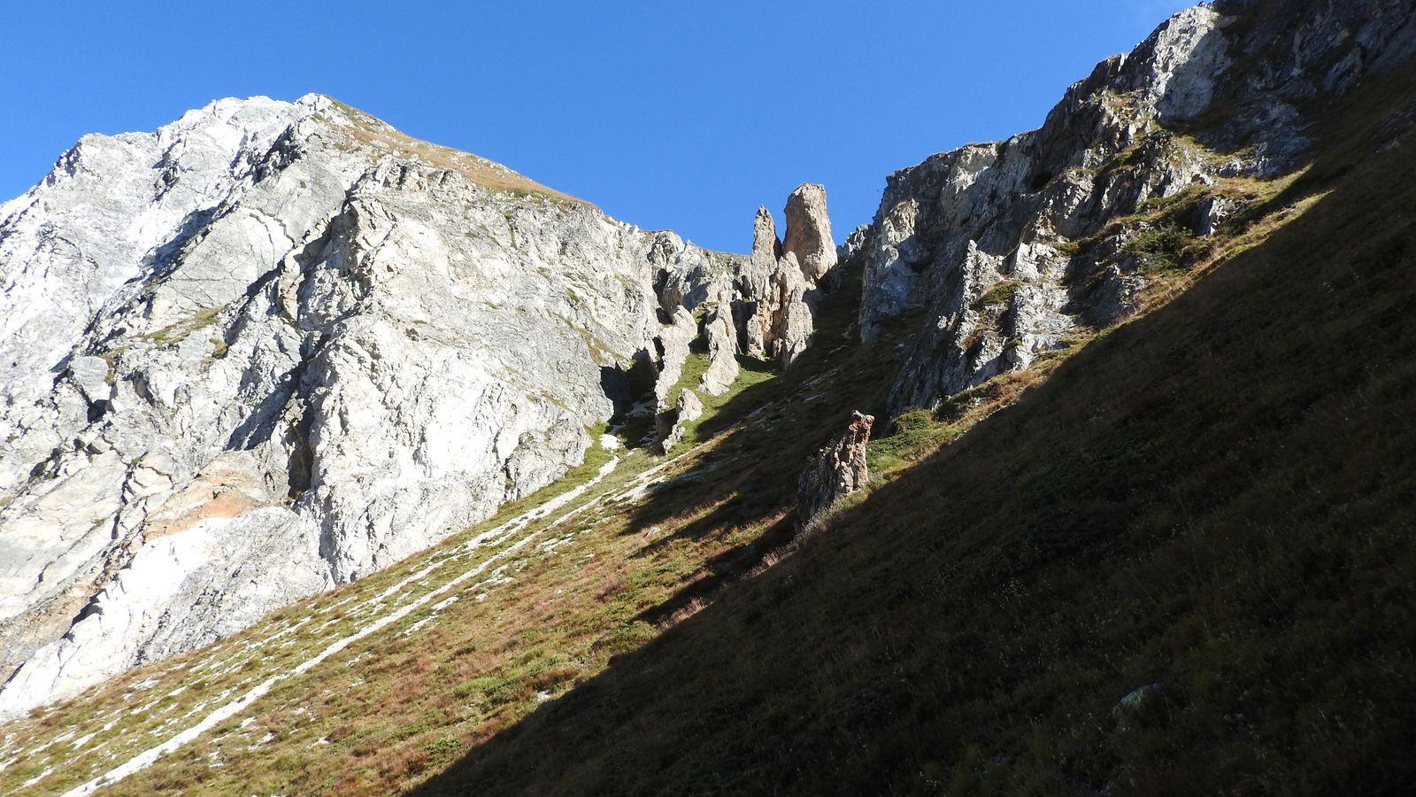 La longue montéev au Col d'Entreporte