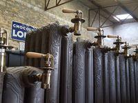 Radiateurs en fonte chauffage central a eau chaude centenaire