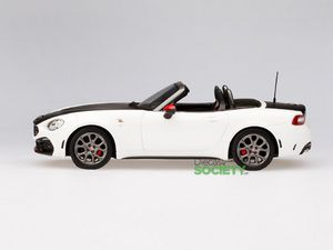 TSM430134 – Abarth 124 Spider Turini White