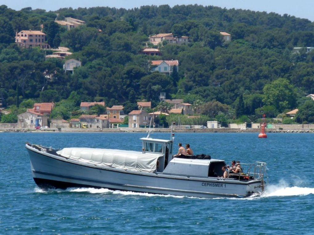 CEPHISMER 1 ,vedette pour le transport de personnel entre l'Arsenal et la presque ile de Saint Mandrier