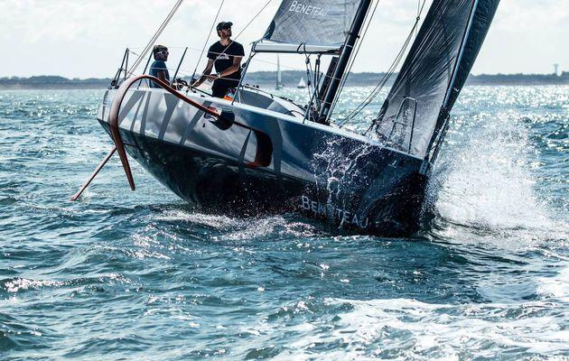 A ne pas manquer - les toutes premières photos du Bénéteau Figaro 3 en navigation