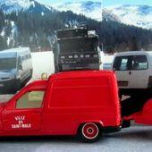 R5 EXPRESS POMPIERS VILLE DE SAINT MALO AVEC MOTO POMPE GUINARD SOLIDO 1/43 - car-collector.net