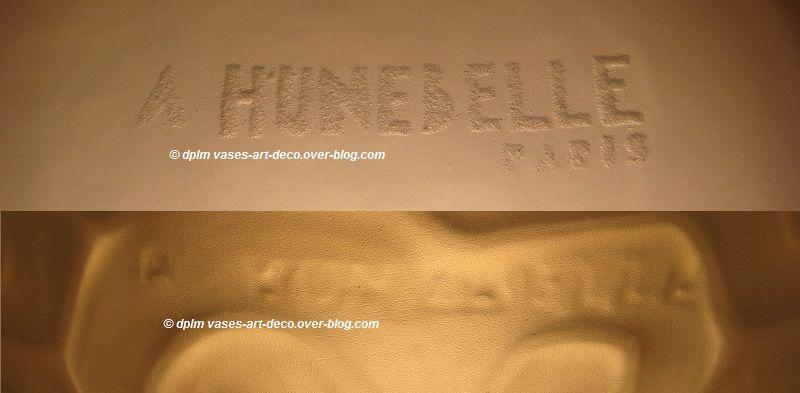 "Signature Hunebelle - Vase ""Marguerite"" - Opalescent"