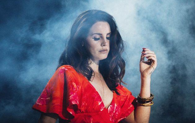Lana Del Rey revient avec Mariners Apartment Complex