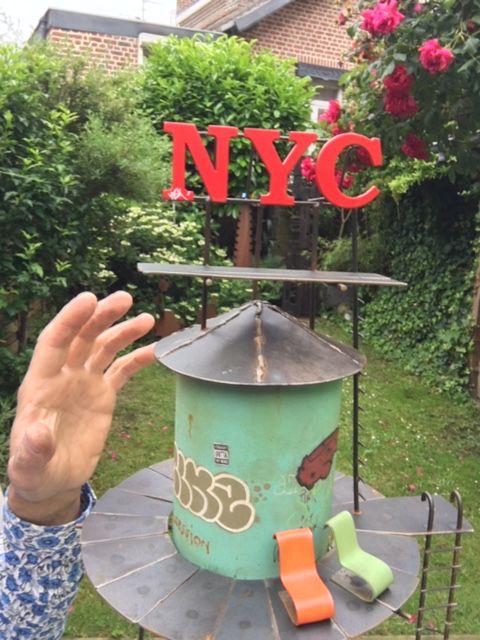 New york : hauteur 116 cm, Arizona 158 cm et  NYC 107 cm