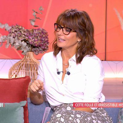 Faustine Bollaert classe avec ses lunettes