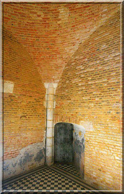 Diaporama église fortifiée de Parfondeval